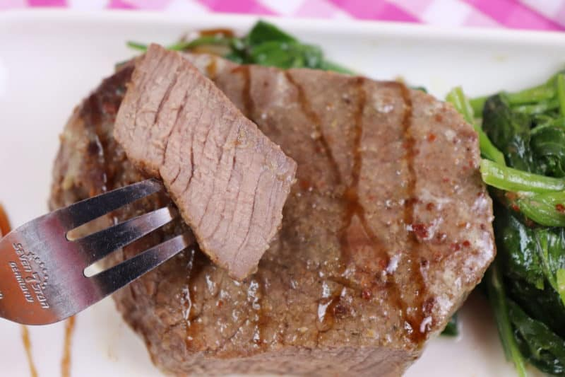 Սթեյք Սպանախի սոուսով․ Հեշտ և արագ պատրաստվող Տավարի միս