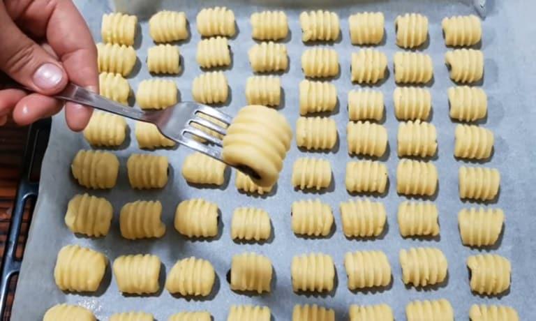 պարզ և համեղ թխվածքաբլիթներ