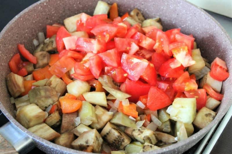 Սմբուկով բանջարեղենային ուտեստ