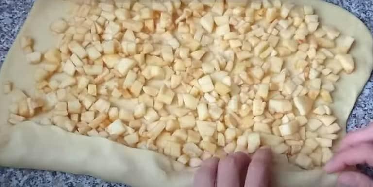 Խնձորով բլիթներ