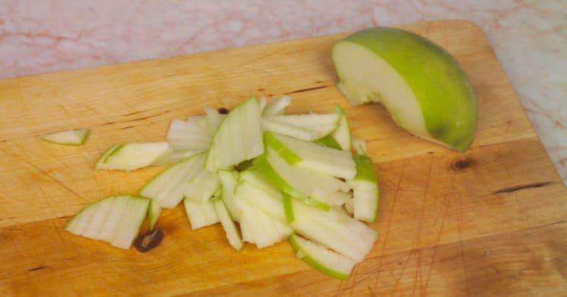 Պանրով և խնձորով աղցան